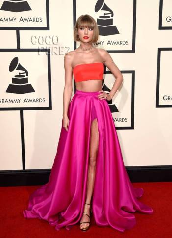 taylor-swift-grammys-red-carpet-2016-pic__oPt