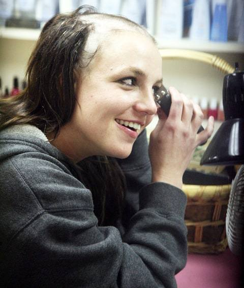 britney-spears-shave-f25e4a79-ba18-4744-8878-f4d854799f2a